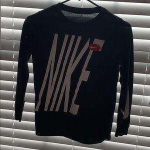 Nike long sleeve shirt boys junior M